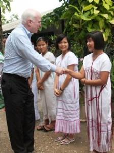 Senator John McCain meets staff in Mae Sot