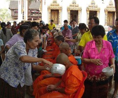 Traditional Songkran clebrations in a temple - source Wikimedia