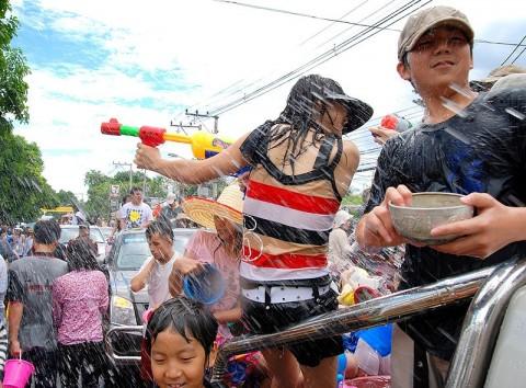 Chiang Mai Songkran - Source Wikimedia