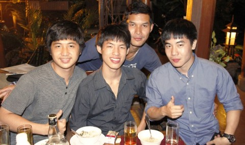 Chiang Mai Gay scene - thai boys party in Santitham