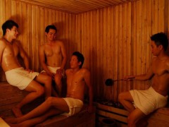 Thai boys enjoy the gay sauna at Club One Seven Chiang Mai