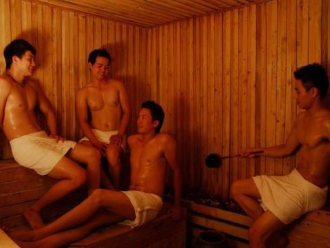 Thai boys enjoy the gay sauna at Club One Seven Chiang Mai
