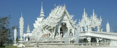 Wat Rong Khun - The White temple in Chiang Rai (Source wikimedia)