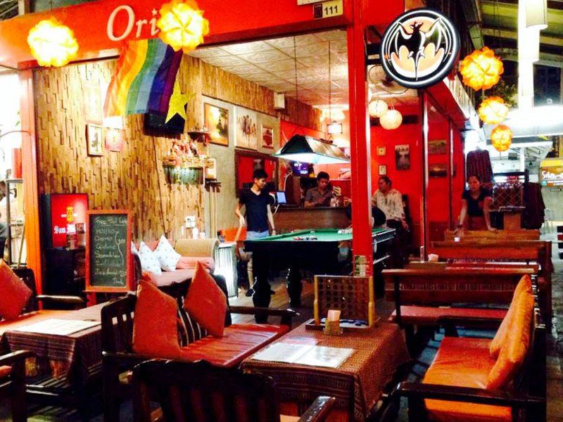 chiang mai gay singles Radchada gay guide to chiang mai  http://www radchadacom/down-loads/ all chiang mai's main gay venues on a single page you can print an show to your taxi driver.