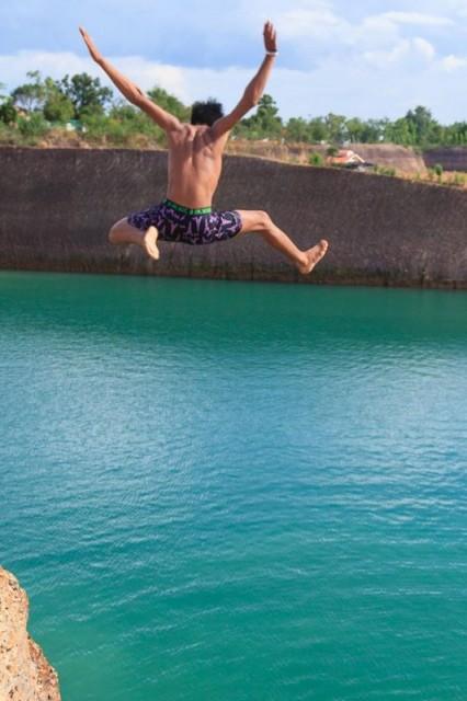 shan boy quarry jumping