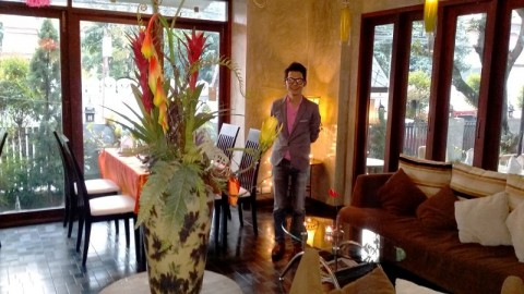 Khun Oh in the spacious modern surroundings of Casa Diverso