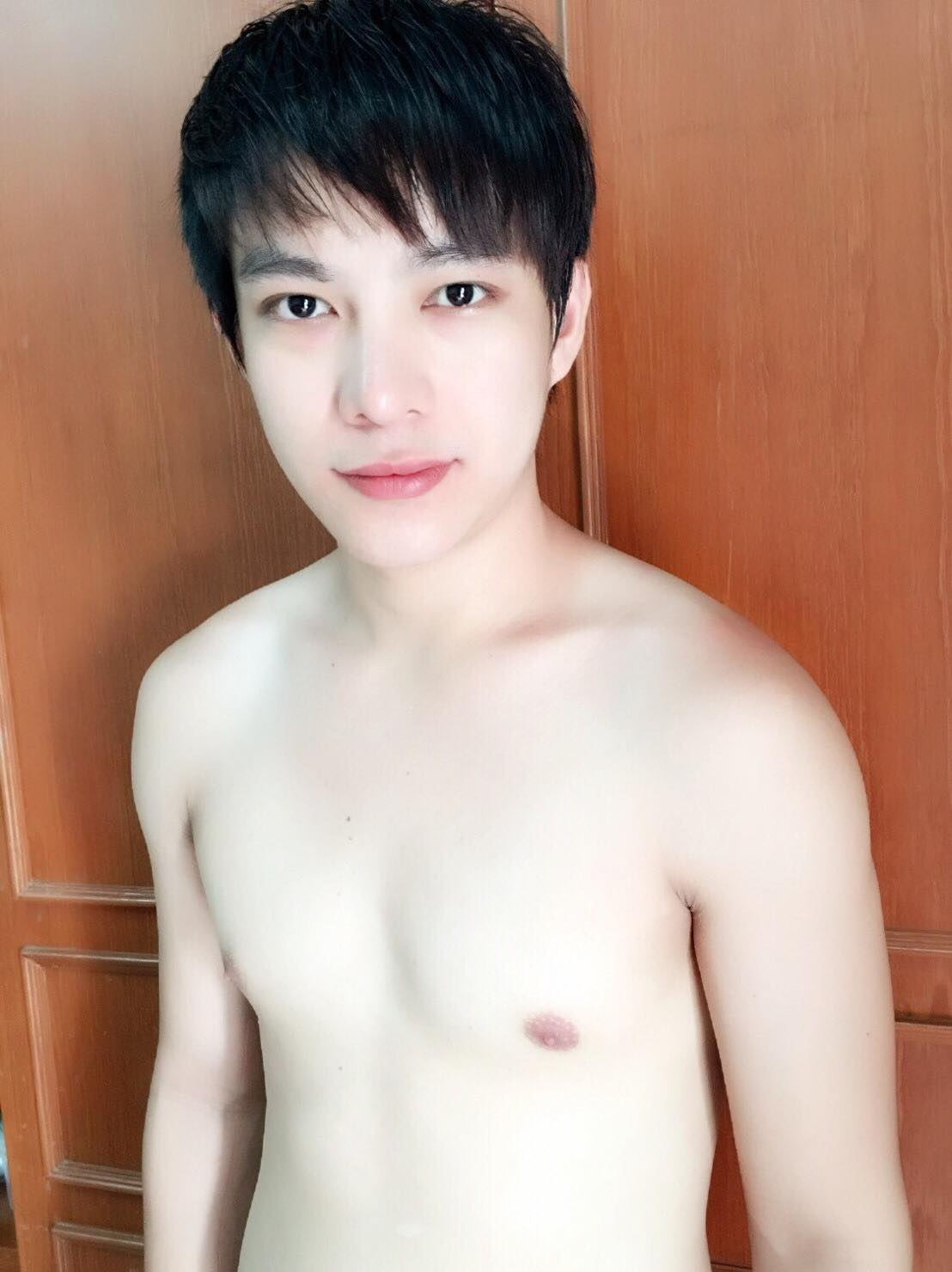 Nude Thai boys