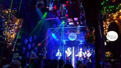 Chiang Mai Gay Scene - Show time at Ram Bar