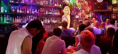 Busy night at Ram Bar - Chiang Mai's frendliest gay showbar