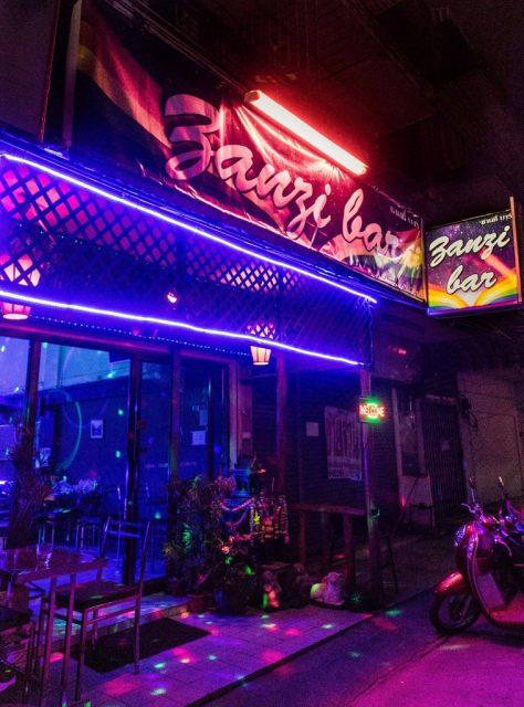 Zanzibar gay Chiang mai - Outside view