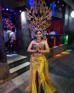 Ram Bar Show Chiang Mai - gold costume