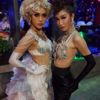 Ram Bar show Chiang Mai - gitls in white and blakc dresses